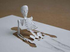 Esculturas 3D criadas com uma folha de papel