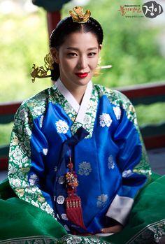 jung yi, the goddess of fire