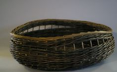 Willow Weaving, Basket Weaving, Basket Decoration, Making Out, Weave, Baskets, Projects, Bags, Inspiration
