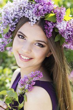 Rozpútajte vo vašich vlasoch farby a vône jari - #hairstyle #hair #flowers #hairflowers #woman #spring #beauty #love #sweet #sic KAMzaKRÁSOU.sk