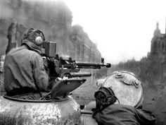 Heavy machine gun mounted on a Russian tank. Pin by Paolo Marzioli