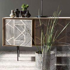 Sideboard Decor, Retro Sideboard, Mid Century Sideboard, Mid Century Furniture, Design Furniture, Cabinet Furniture, Cool Furniture, Modern Furniture, Home Decor Trends