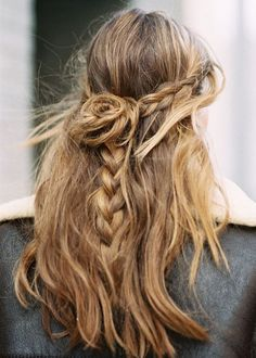 December 2016 It is undisputed that long hair is the most desirable condition when it comes to braided hairstyles. Do you need a great inspiration? Look at these cute ones braided hairstyles for. Winter Hairstyles, Messy Hairstyles, Pretty Hairstyles, Wedding Hairstyles, Style Hairstyle, Fashion Hairstyles, Hairstyles 2016, Natural Hairstyles, Hair Inspo