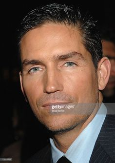 Actor Jim Caviezel attends the Touchstone Pictures world premiere of 'Deja Vu' at the Ziegfeld Theatre November 20, 2006 in New York City.