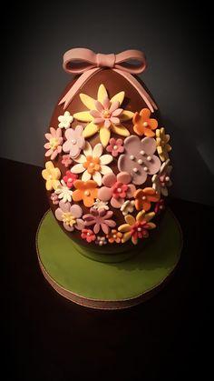Easter Chocolate, Easter Eggs, Cake, Desserts, Food, Tailgate Desserts, Deserts, Kuchen, Essen