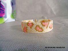 Bracelet léopard rose et doré boho bohème chic tissée en perles Miyuki peyote : Bracelet par m-comme-maryna Gold Rings, Creations, Beaded Bracelets, Wedding Rings, Engagement Rings, Etsy, Boutique, Boho, Comme