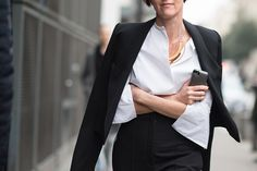 Business chic #StreetStyle From Paris Fashion Week
