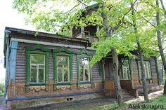 Последний зимний Совет народных депутатов Александровского района этого года оказался сокращенным. Но рассмотренные вопросы заслуживают вним...