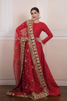 Dupatta is of net fabric with handcrafted gota work. Dupatta is of net fabric with handcrafted gota work. Dupatta is not included in the dress price can be added from the optional. Simple Pakistani Dresses, Pakistani Wedding Outfits, Pakistani Dress Design, Bridal Outfits, Bridal Dresses, Indian Anarkali Dresses, Red Lehenga, Anarkali Suits, Indian Fashion Dresses