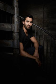 Tyler Hoechlin-- would love to see him with longer hair and blue eyes to see if he could play Roarke