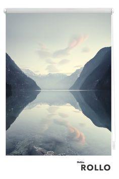 Mein Rollo - das Rollo zum Selbstgestalten. Du möchtest dein Rollo selber gestalten? Dann besuch uns auf www.meinrollo.de und entdecke viele Inspirationen und eine riesengroße Auswahl an Motiven für dein Rollo. Natürlich kannst du auch dein Lieblingsfoto, Urlaubsschnappschuss, oder eigenes Aquarell hochladen. Wir wünschen dir Spaß beim Aussuchen! ( Bergsee, Himmel, Reisen, Diy,Kunst,Sonnenschutz,Wohnidee)