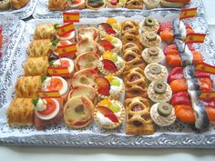 Canapes international