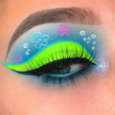 Spongebob was the best cartoon growing up dont @ me . inspo/concept by the talented . in shades Breakfast At Tiffanys Diva and Drug Lord . Liquid Eyeshadow in and . Makeup Eye Looks, Eye Makeup Art, Colorful Eye Makeup, Crazy Makeup, Cute Makeup, Pretty Makeup, Makeup Inspo, Eyeshadow Makeup, Makeup Ideas