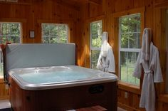 Romantic and Deluxe Vacation Cabins in the Hocking Hills, Logan Ohio: Ashby Cabins