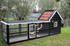 Chicken coop Annie right tight wind spring Chicken Coop Designs, Cute Chicken Coops, Chicken Cages, Chicken Coup, Chicken Garden, Backyard Chicken Coops, Chicken Coop Plans, Building A Chicken Coop, Chickens Backyard