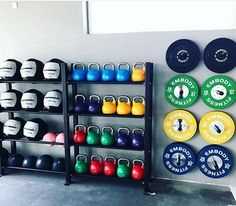 A home gym is a wonderful method to save money. Have a look on top home gym idea. - A home gym is a wonderful method to save money. Have a look on top home gym ideas in addition to ti - Home Gym Basement, Home Gym Garage, Gym Room At Home, Home Gym Decor, Home Gyms, Modern Basement, Dream Home Gym, Best Home Gym, Kine Sport
