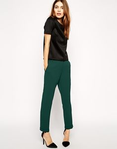 slim pants in green
