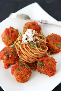 "Cannellini Bean Vegetarian ""Meatballs"" with Tomato Sauce...An easy #MeatlessMonday meal.  