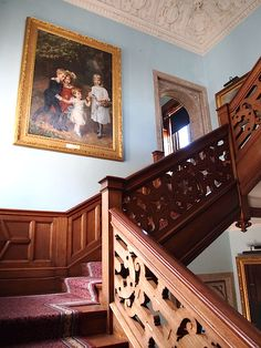 Victorian teak bedroom staircase interior with light blue walls - Lanhydrock country house (National Trust) Edwardian Hallway, Victorian Hall, Victorian Castle, English Architecture, Bamboo Architecture, English Manor, English House, Balinese Decor, Vintage Homes