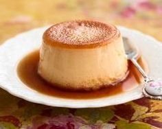 This flan is made with condensed and evaporated milk and baked in a pie dish.Recipe: The Perfect Creamy Caramel Flan . Dessert Sauces, Köstliche Desserts, Sugar Free Desserts, Sugar Free Recipes, Healthy Desserts, Delicious Desserts, Dessert Recipes, Yummy Food, Sugar Free Flan Recipe