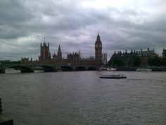 HOUSES OF PARLIAMENT - WESTMINISTER
