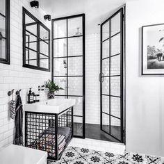 Besten Deko : small bathroom wood decor design will inspire 42 > Fieltro. Wood Bathroom, Bathroom Renos, Modern Bathroom, Bathroom Ideas, Remodel Bathroom, Navy Bathroom, Rental Bathroom, Funny Bathroom, Brown Bathroom