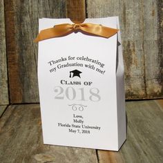 Graduation Favor Boxes - Graduation Favors - Graduation Party Favors - by abbeyandizziedesigns.com  #graduationfavors  #graduationpartyfavors  #graduationpartyideas