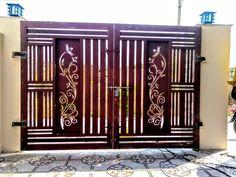 Iron Main Gate Design, Home Gate Design, Grill Gate Design, Steel Gate Design, Front Gate Design, Window Grill Design, Gate Designs Modern, Door And Window Design, Stair Railing Design