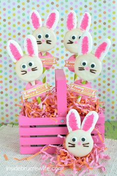 Oreo Bunny Pops | Inside BruCrew Life - chocolate covered Oreos with marshmallow ears and sprinkles #Easter #Oreos