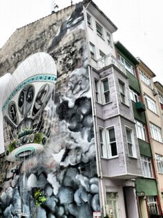 Bibliopola: Kadıköy Yeldeğirmeni:  Don Kişotların mekanı Istanbul Guide