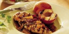 Grilled Chicken with Chipotle-Peach Glaze. I have grilled peaches marinated in honey, vanilla and a dash of cinnamon , delish! Peach Chicken, Glazed Chicken, Pineapple Chicken, Braised Chicken, Skillet Chicken, Cheesy Chicken, Bbq Chicken, Peach Glaze Recipes, Balsamic Chicken