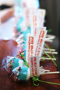Marshmallow lollipops - bjl