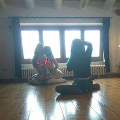 Behind the scenes with @sivirsg for @suicidegirls. Shot by @crissro soon on www.suicidegirls.com  I have a big crush with this girl, i want her as my girlfriend ������ go follow her!! @sivirsg  #suicidegirls #sg #tattoo #tattoed #girlswithtattoos @suicidegirlsinspain #suicidegirlsinspain #babes #girlfriend #singer #art #model #crisro #window #behindthescenes #crush #girlfriend #love #sivir #livay #set #queue @americanshocks…