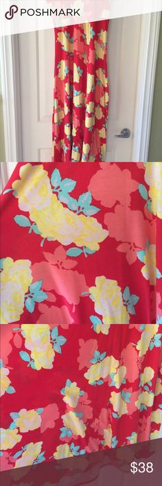 Lularoe floral Maxi skirt/dress size medium! Lularoe Maxi dress and skirt, size Medium! Cotton feel, GORGEOUS floral- unicorn hard to find print! Waistband can be worn up, down, folded in half- very versatile and flattering for all shapes! Easy to wear as a dress, beach cover up as well. Worn a few times, price reflects. Smoke free and clean! LuLaRoe Skirts