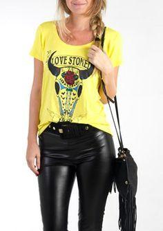 Camiseta Amarela Estampa Bode   http://www.aqmp.com.br/camiseta-amarela-estampa-bode/p