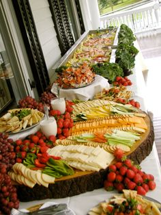 (Nice display for cheese, crackers, veggies, and fruit - would work nice with cheese cubes too- BG)