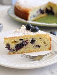 Cooking with Manuela: Ricotta and Blueberry Cake Ready in Just One Hour Blueberry Cake, Blueberry Recipes, Delicious Cake Recipes, Sweet Recipes, Yummy Food, Healthy Recipes, No Bake Desserts, Dessert Recipes, Dessert Ideas
