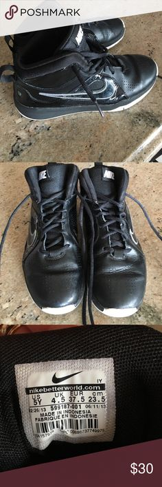 Basketball shoes. High top Nike basketball high top shoes. Great condition. Nike Shoes Sneakers