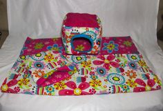 This set comes as 3 pieces, a snuggle sacks, a snuggle cube and an absorbent cage liner.  The snuggle sack have a cute floral pattern. It is made with fleece on the inside for comfort and a durable cotton outside. This snuggle cube comes in a floral pattern and makes for warm and cozy sleeping for your little one! With a cotton exterior and soft fleece on the inside, your small pet will feel safe and right at home!  The cage liner is made from pink floral fleece on one side, floral cotton…