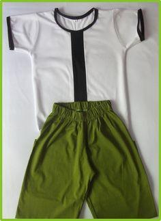 Conjunto Infantil BEN 10. Confeccionado em Malha PV, o que proporcionando total conforto para seu filhos.Tamanhos : 2 / 4 / 6 / 8 / 10 /12 Anos. R$ 40,00