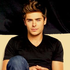 zac efron. what a hottie.