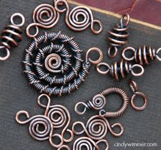 Wire links by Cindy Wimmer for my partner, Lyn Foley. Made for the Bead Soup Blog Party.