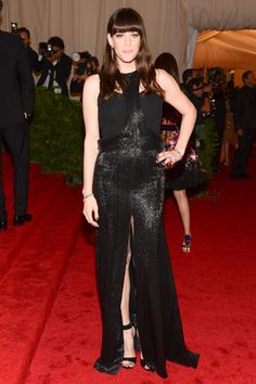 Liv Tyler at the Met Gala 2012 #style #redcarpet #harpersbazaar #fashion #partysnaps #livtyler