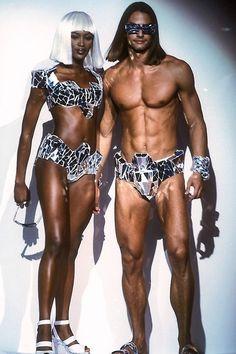 Naomi Campbell & Marcus Schenkenberg @ the Thierry Mugler Runway 1992