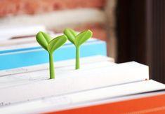 Los brotes verdes llegan a los libros #marcapagina #bookmark