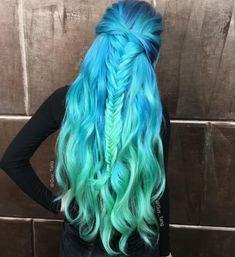 Heart it dyed hair blue, hair dye, blue green hair, hair color blue, Blue Green Hair, Dyed Hair Blue, Blue Ombre Hair, Dye My Hair, Ombre Hair Color, Pastel Hair, Cool Hair Color, Hair Colors, Teal Blue