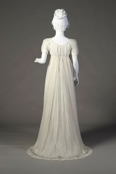 A simple gown from 1804. My heroine, Jesslyn Chance, would wear this.