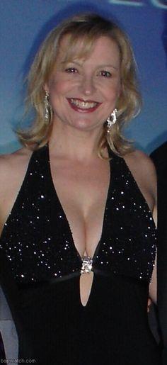 Carol Kirkwood Nice Pair Sports Presenters Carol Kirkwood Holly Willoughby Lorraine Presents