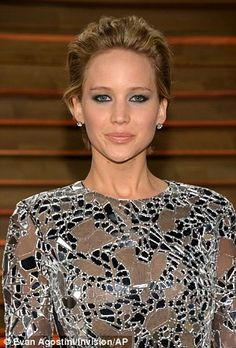 As Jennifer knows only too well, anything too tight or flat to the head will only emphasis a round face