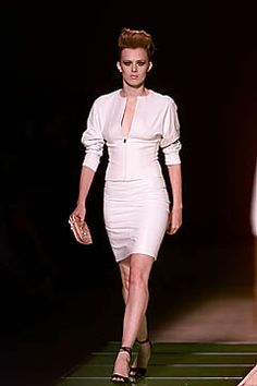 Versace Spring 2001 Ready-to-Wear Fashion Show: Complete Collection - Style.com